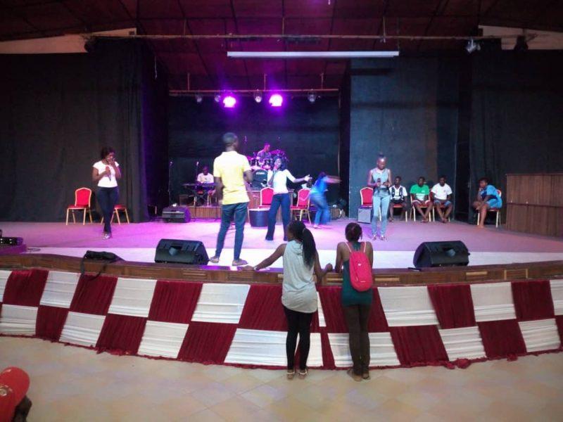 Comédie musicale Lumen Valley de la lumière pour les jeunes du Togo (1)