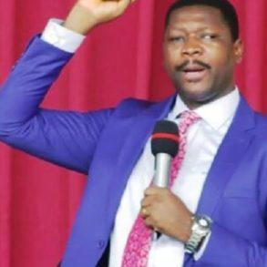 Togo L'évangéliste Noumonvi Dodji va affronter le prêtre vaudou Togbui Zéwouto dans un combat spirituel